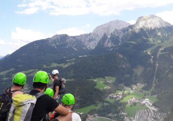 Wenn der Berg ruft… Stop and Go, Jugenddelinquenzgruppe und Go On bezwingen die Berchtesgadener Alpen